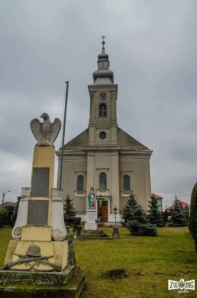 Zig Zag pe tărâmul şvabilor: Biserica Reformată din Petrești