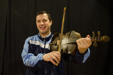 Interpret de muzică populară din Ţara Codrului, coordonator ansamblu folcloric Carei