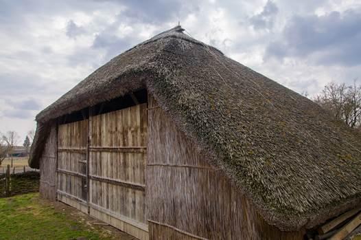 În căutarea comorilor din Valea Ierului: Casa tradițională - muzeu din Galoșpetreu