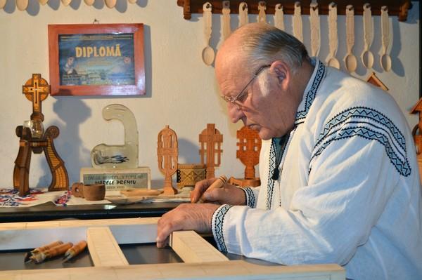 Gheorghe Tănase in atelier 2