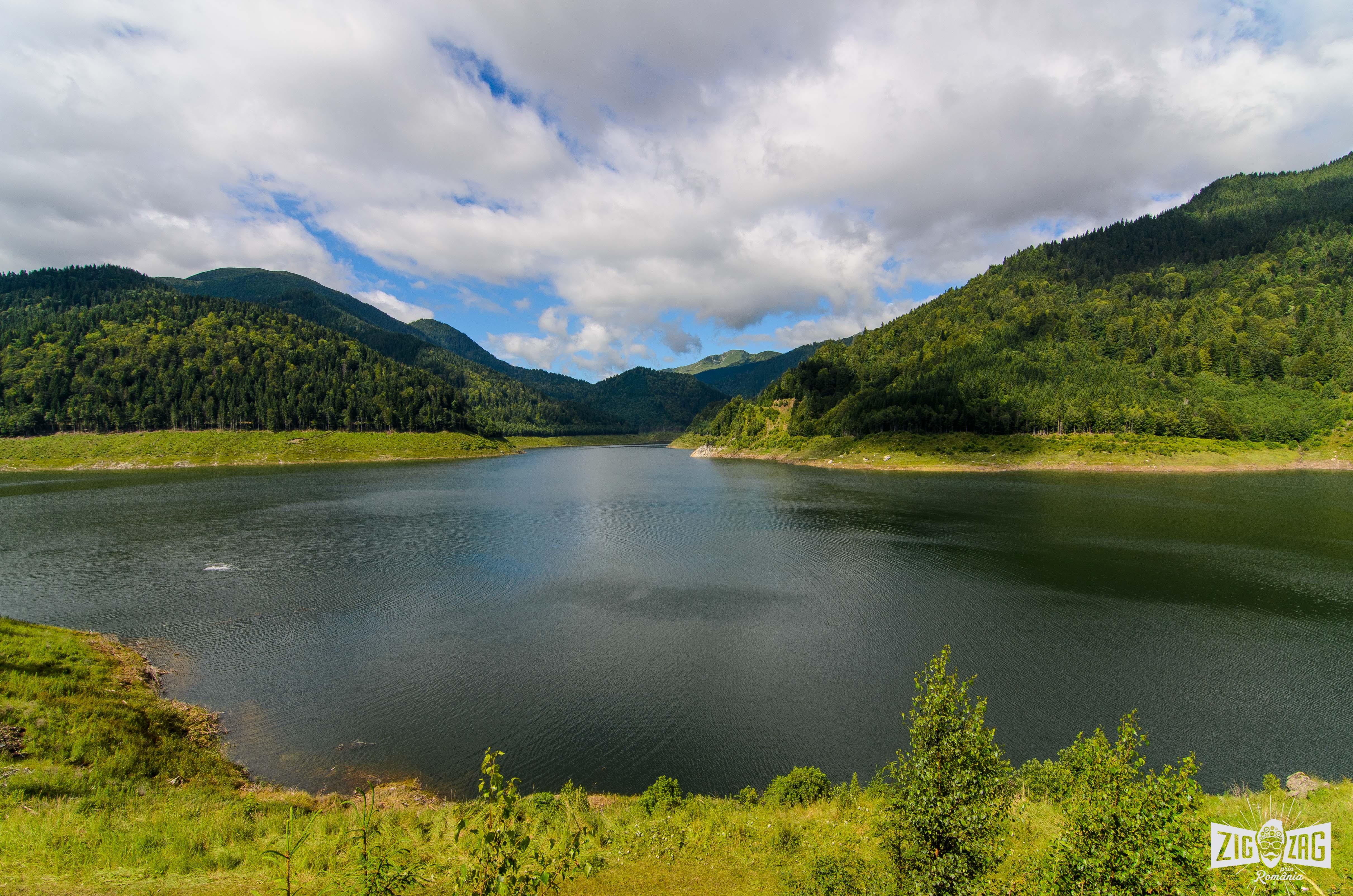 lacul gura apelor retezat