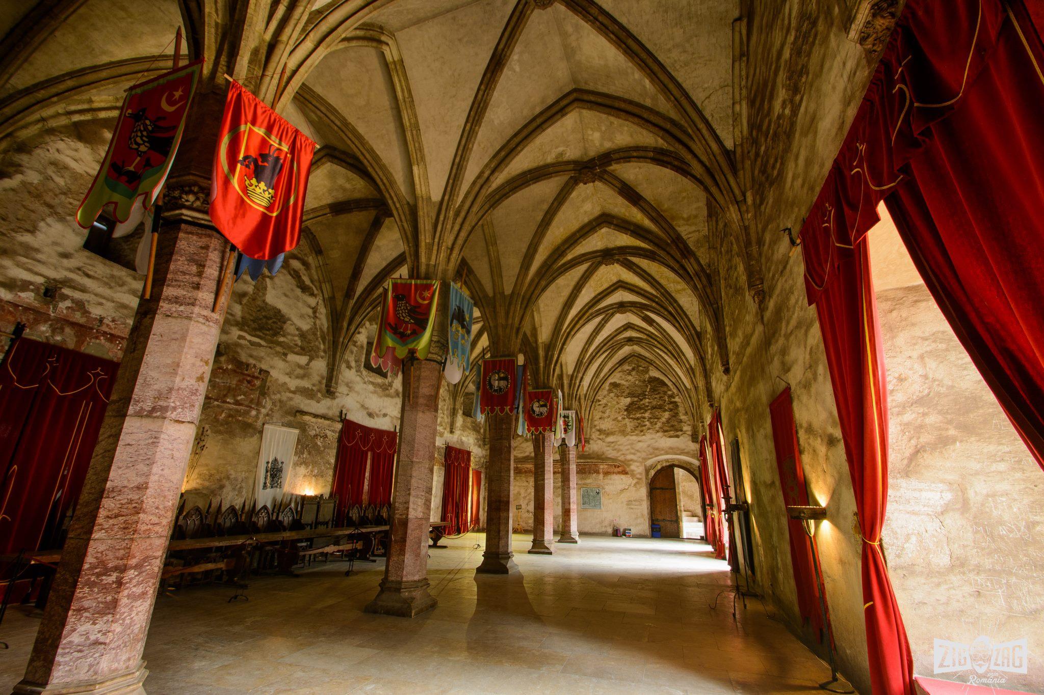 castelul corvinilor interior 1