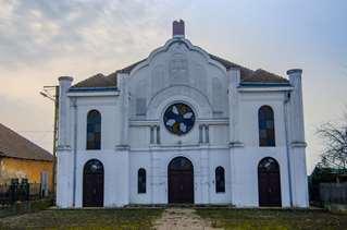 Lăcaș de rugăciune la margine de lume – Sinagoga din Valea lui Mihai