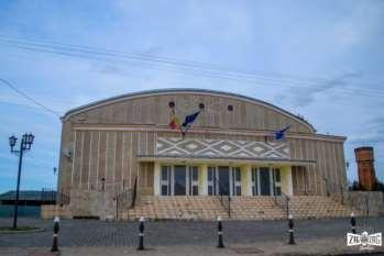 Casa de cultură Ioan Ciordaș din Beiuș: Scena care aduce beiușenii la un loc