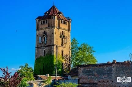 Rolul apei și renumitul turn din Arad