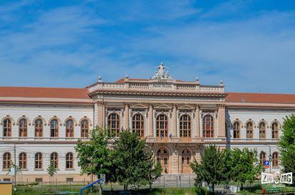 Colegiul Național Moise Nicoară: peste 140 de ani de educație de top