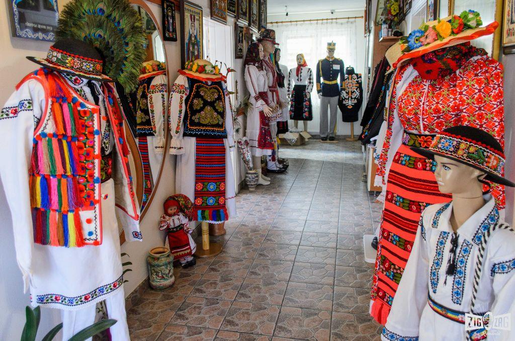 """Acasă la Virginia Linul, creator de artă tradițională: """"Tradițiile înseamnă muncă de sute de ani a strămoșilor noștri"""""""